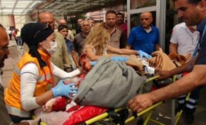 Suriyeliler Türkiye'ye Getirildi