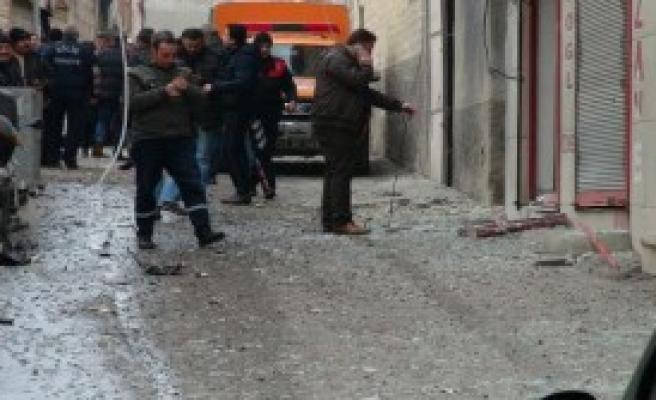 Suriye'den Atılan 2 Roket Kilis'e Düştü