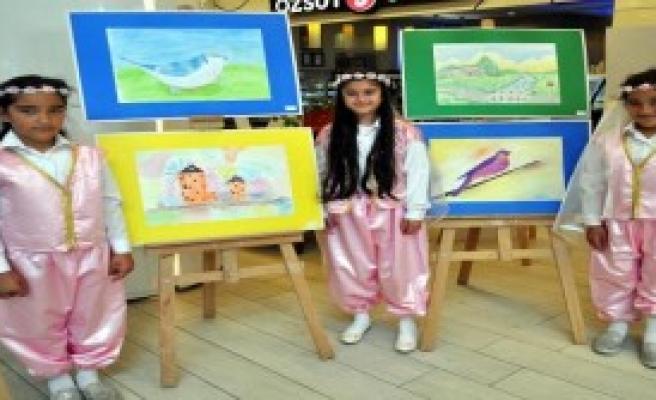 Suriyeli Çocuklar, Mutluluğun Resmini Çizdi