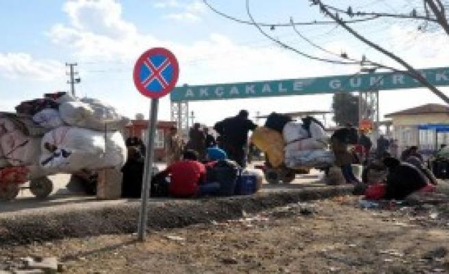 Suriyeliler Sınırda