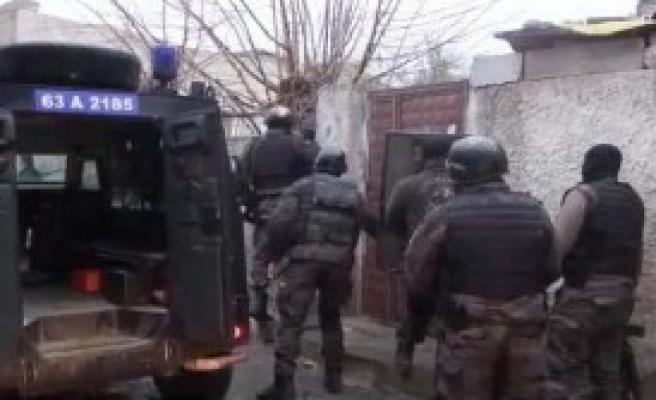 Suruç'ta Uyuşturucu Operasyonu: 5 Gözaltı