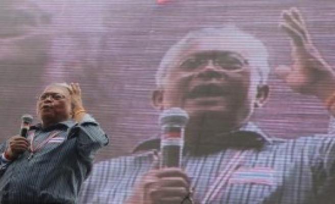 Suthep: Tüm Devlet Kurumlarını Kapatacağız