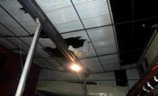 Tadilat Yaptığı Çatı Çöktü, 6 Metreden Düşüp Öldü
