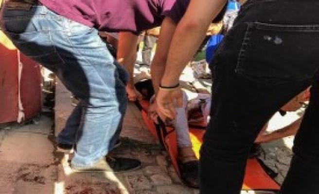 Takı Kavgasında 1 Kişi Bıçaklandı