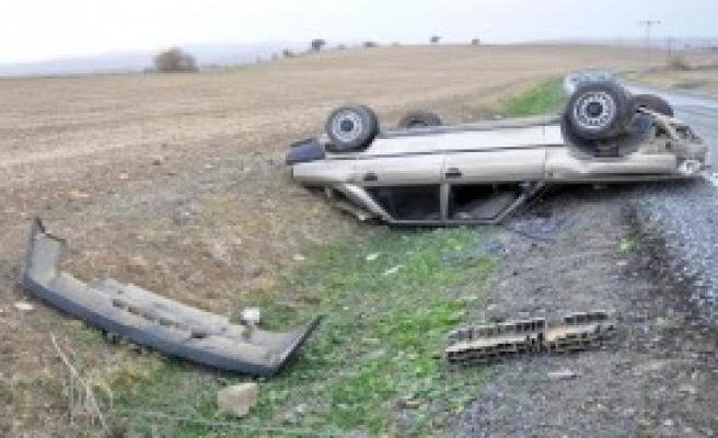 Takla Atan Otomobilden Yara Almadan Çıktı