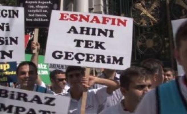 Taksim Esnafı 'Yeter Artık' Dedi
