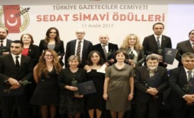 Simavi Ödülleri Sahiplerini Buldu