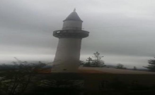 Minarenin Yıkılma Anı Kamerada