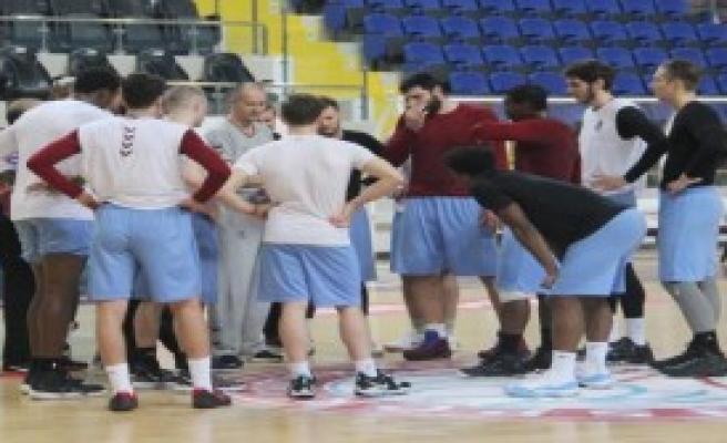 Trabzonspor'da Pınar Karşıyaka Maçı Öncesi Ödeme Krizi