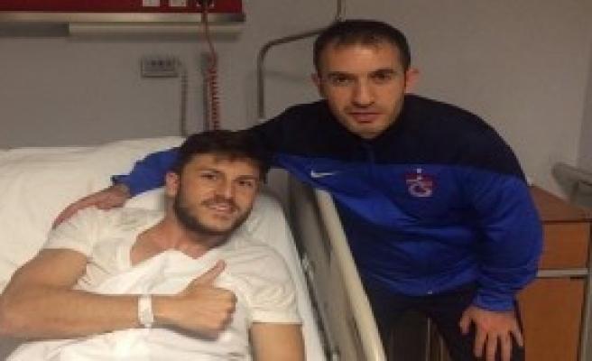 Trabzonspor'da Sefa Yılmaz Ameliyat Oldu