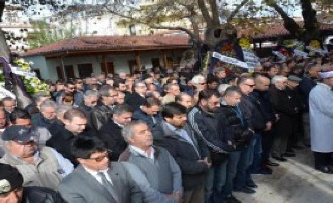 Turizmcinin Cenazesi İki Yakayı Buluşturdu