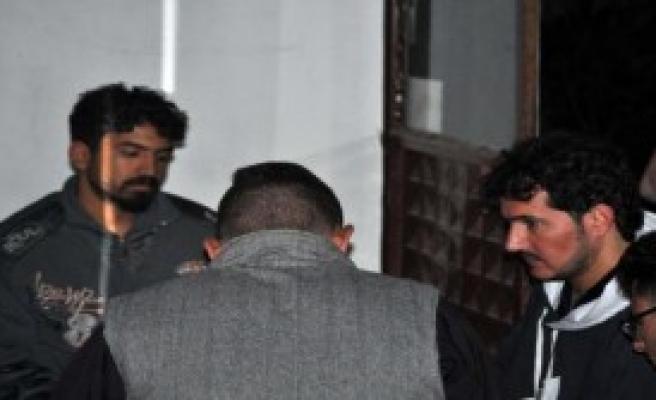 Türk Balıkçılar 10 Kaçağı Kurtardı