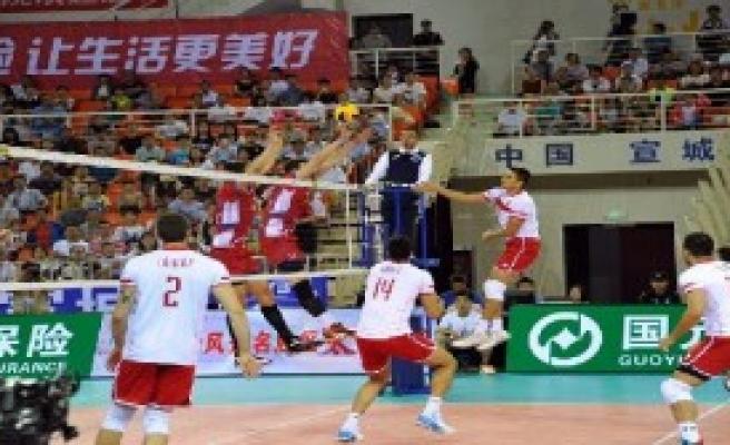 Türkiye: 3 - Slovakya: 2