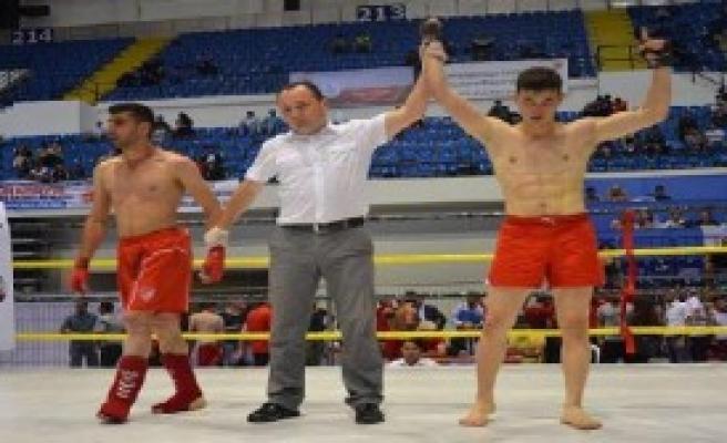 Türkiye Kick Boks Şampiyonası'nda Son Gün