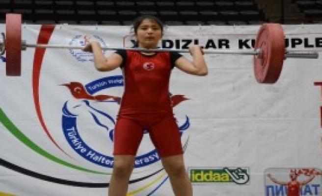 Türkiye Yıldızlar Halter Şampiyonası Bursa'da Başladı