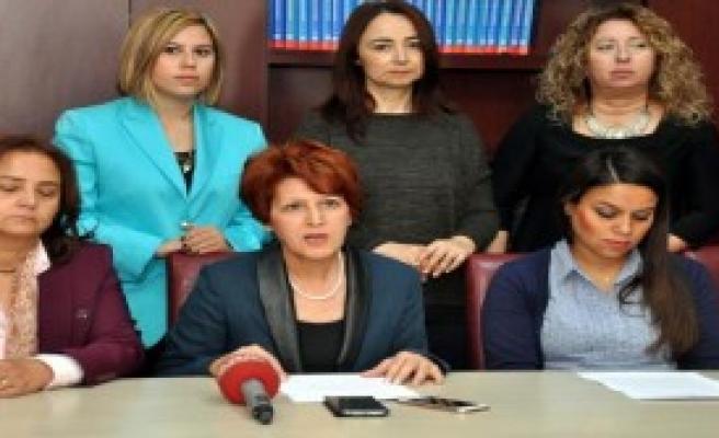 Türkiye'de Bu Yıl 238 Kadın Öldürüldü