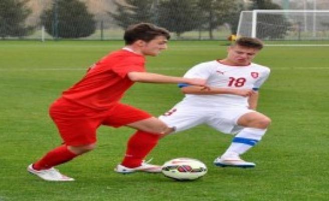 U15 Türkiye-Çek Cumhuriyeti: 5-1