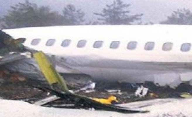 Uçak Kazası: 44 Ölü