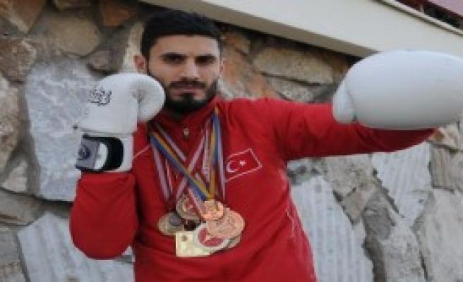 Umut 'Muay Thai'de Türkiye'nin Umudu