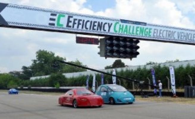 Üniversitelerin Elektrik Enerjili Araçları Yarıştı