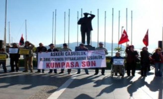 'Atatürk'süz MGK'yı Kınadılar