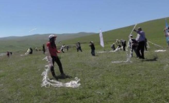 Varto'da Gençler Doğa Şenliği'nde Eğlendi