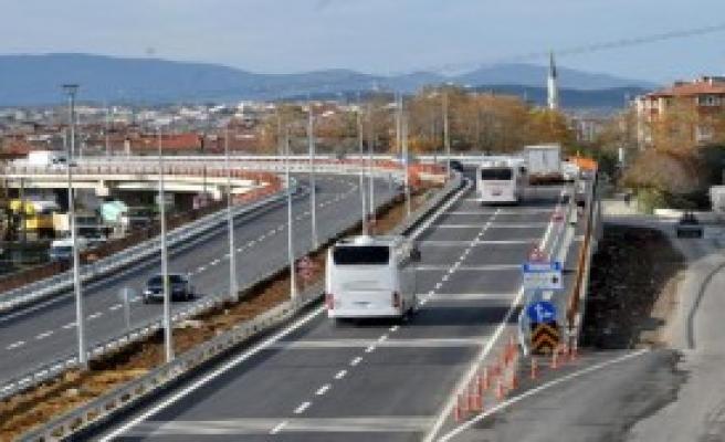 Köprülü Kavşağın Araç Geçişine Başlandı
