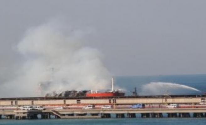 Yanan Gemide Patlama Riski