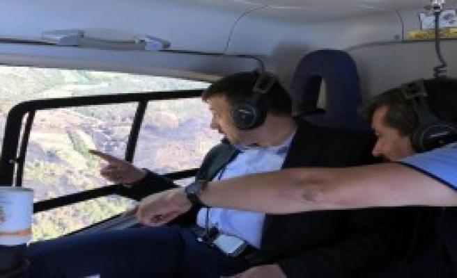 Yanan Ormanı Helikopterden İnceledi