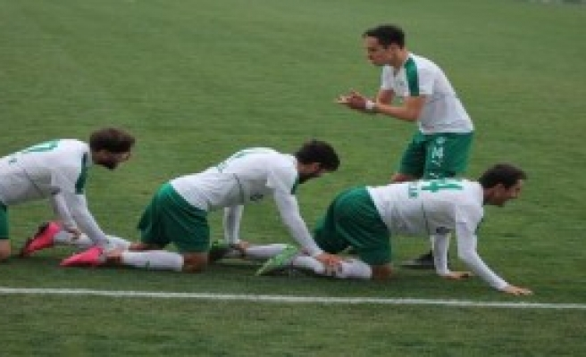 Yeşil Bursa-Tire 1922 Spor: 2-0