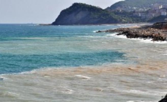 Yol Çalışmasında Deniz Kirliliğine Tepki