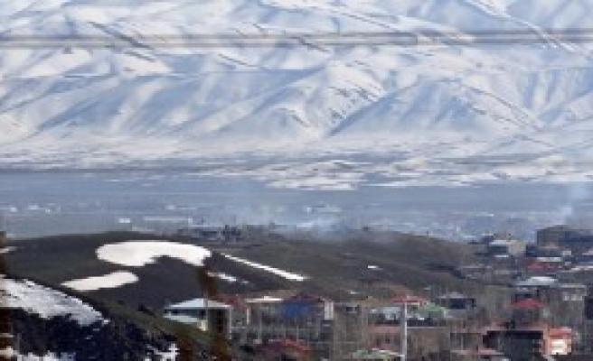 Yüksekova'da Yoğun Operasyon