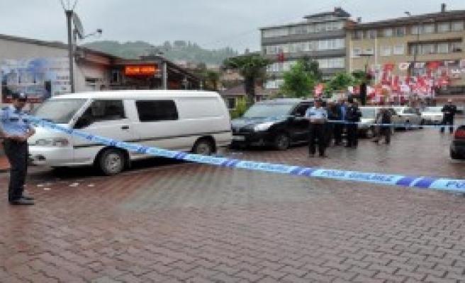 Zonguldak'ta Alacak Verecek Kavgası: 1 Yaralı