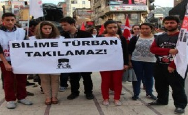Zonguldak'ta Başörtüsü Protestosu
