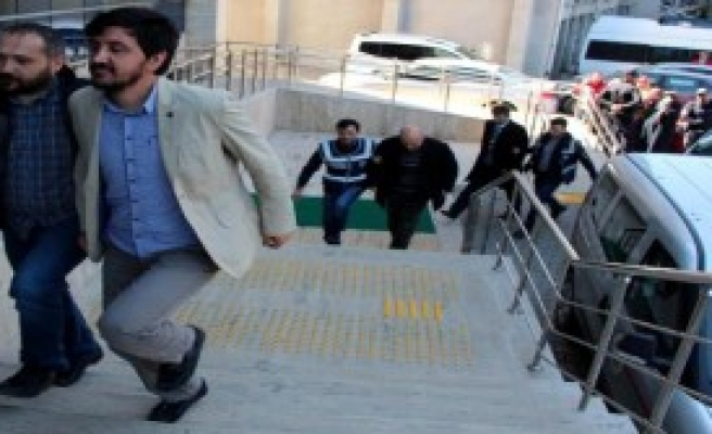 Zonguldak'ta Fetö'den 7 Kişi Adliyede