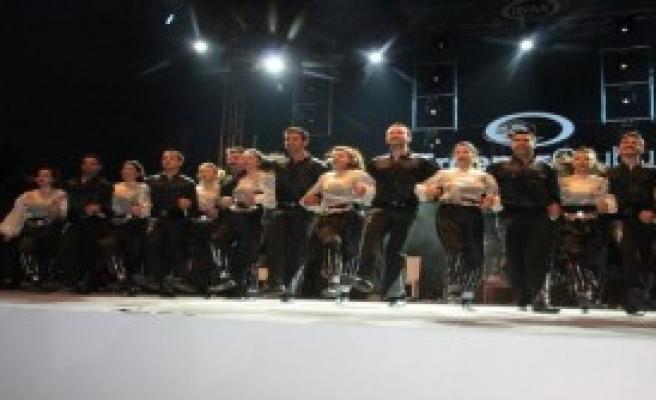 Zonguldak'ta Funda Arar Coşkusu