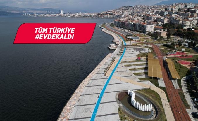 İzmir sessizliğe büründü