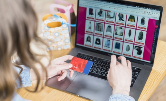 E-ticaret sektörü yüzde 100 büyüdü