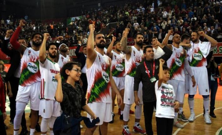 Pınar Karşıyaka ikinci sıradaki yerini korudu