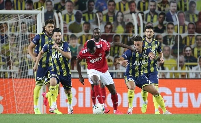 Fenerbahçe: 1 - Demir Grup Sivasspor: 2