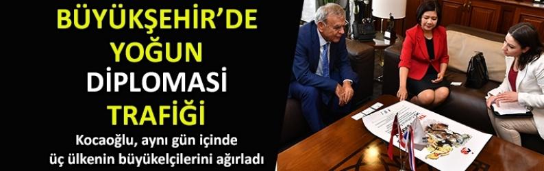 İzmir'de yoğun diplomatik ziyaret