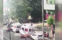 CHP'ye ait seçim araçlarına zarar verdiler