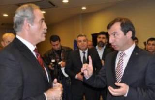 Bursa'da Gergin Belediye Meclis Toplantısı
