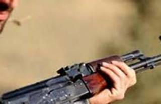 Bitlis'te Çatışma: 2 Korucu Yaralı