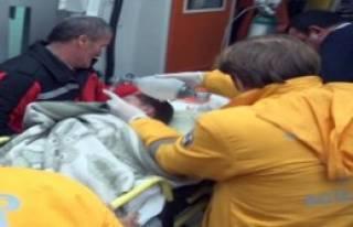 2 Yaşındaki Çocuk Su Kanalına Düştü