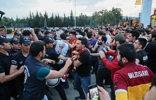 Galatasaray'a olaylı karşılama