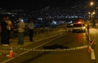İzmir'de feci kaza: 50 metre sürüklendi