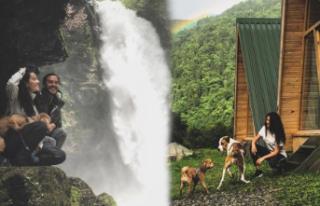 Ünlü çiftin romantik dağ tatili