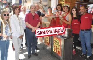 İYİ Partili Çıray'a, Karşıyaka'da...