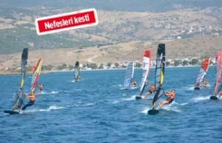 Dikili'de sörf rüzgarı esti!